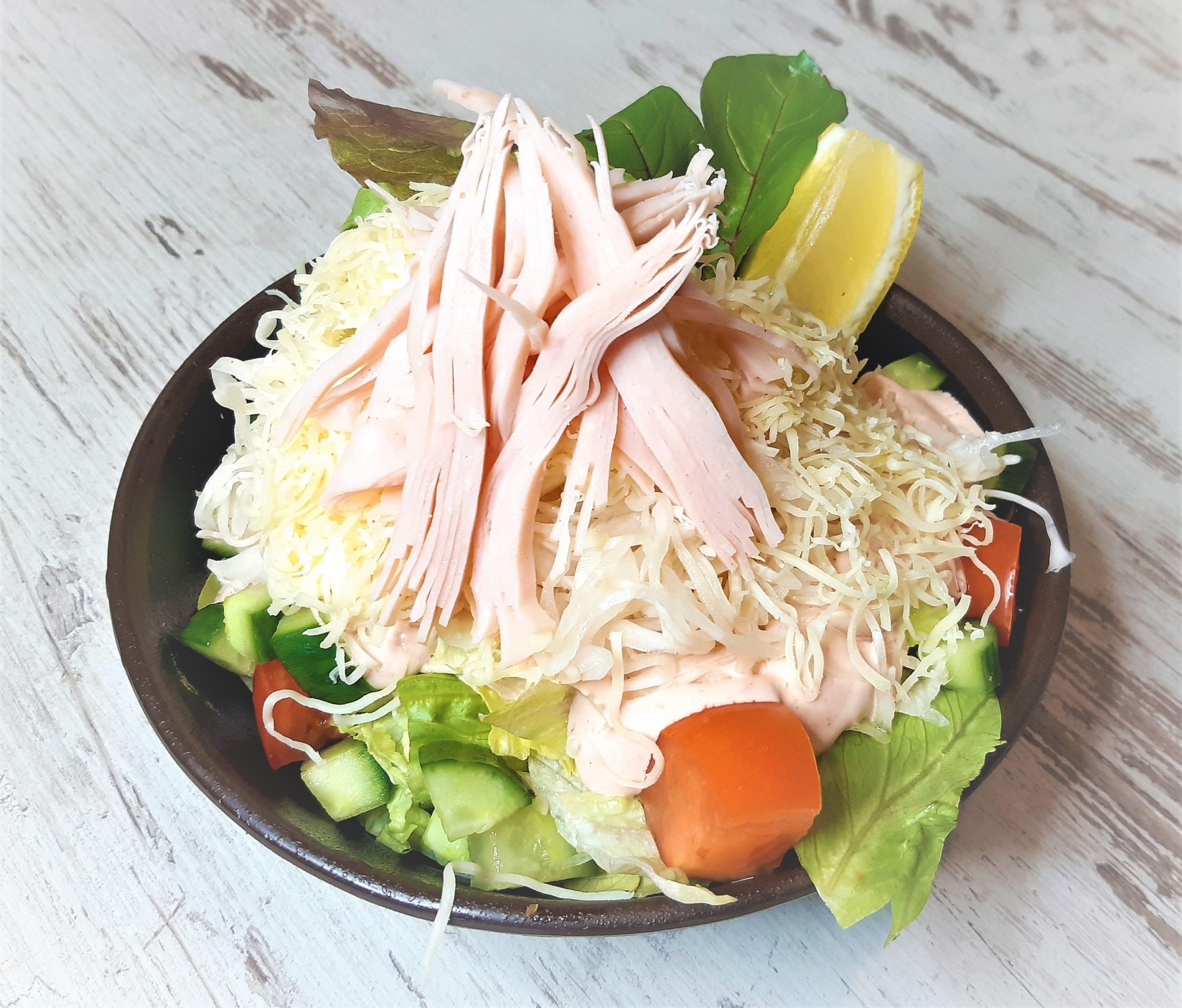 Korona dresszing saláta
